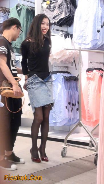 十分性感的超短连衣裙黑丝美少妇9