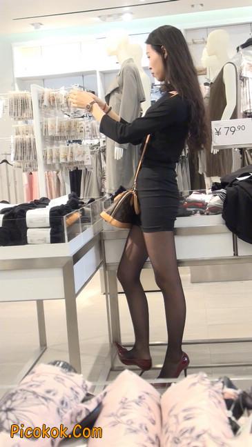 十分性感的超短连衣裙黑丝美少妇20