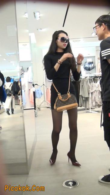十分性感的超短连衣裙黑丝美少妇22