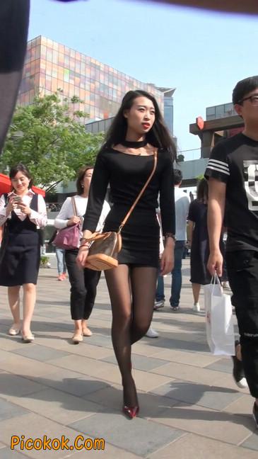 十分性感的超短连衣裙黑丝美少妇31