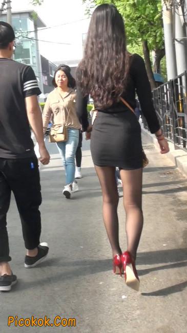 十分性感的超短连衣裙黑丝美少妇40