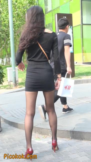 十分性感的超短连衣裙黑丝美少妇41