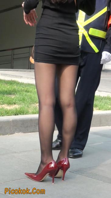 十分性感的超短连衣裙黑丝美少妇45