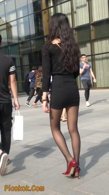 十分性感的超短连衣裙黑丝美少妇48
