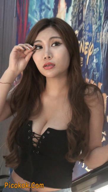 豪乳美女颜值不赖身材特性感6