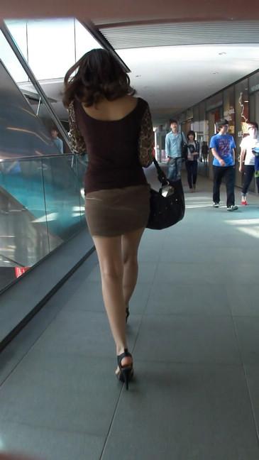 轻熟女超短裙翘臀的魅惑10