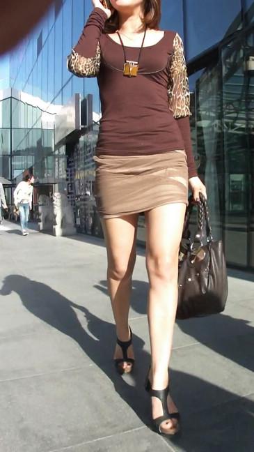 轻熟女超短裙翘臀的魅惑30