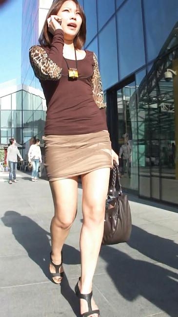 轻熟女超短裙翘臀的魅惑31