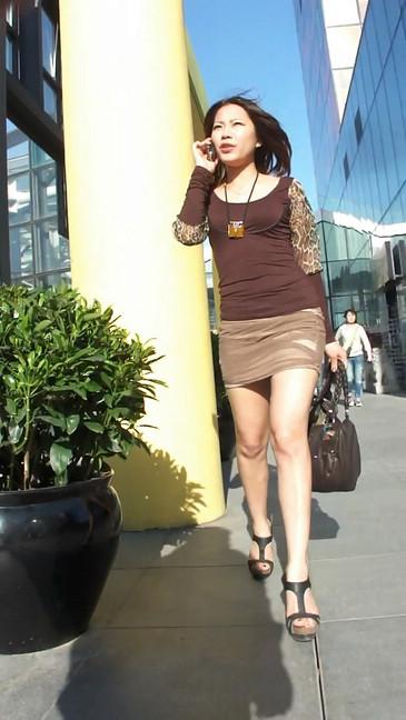轻熟女超短裙翘臀的魅惑34