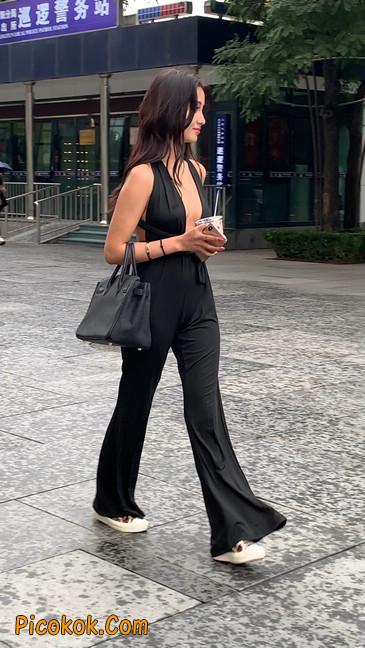 黑色开胸装喇叭裤你真的觉得你不会心动吗?16