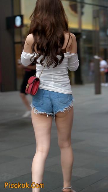 极品紧牛热裤,美女可太敢穿了16