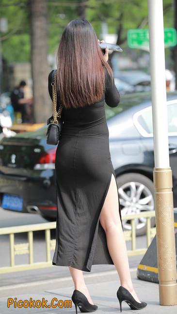 长裙妹子身材劲爆,紧身长裙超透好性感,哥哥为你心跳31